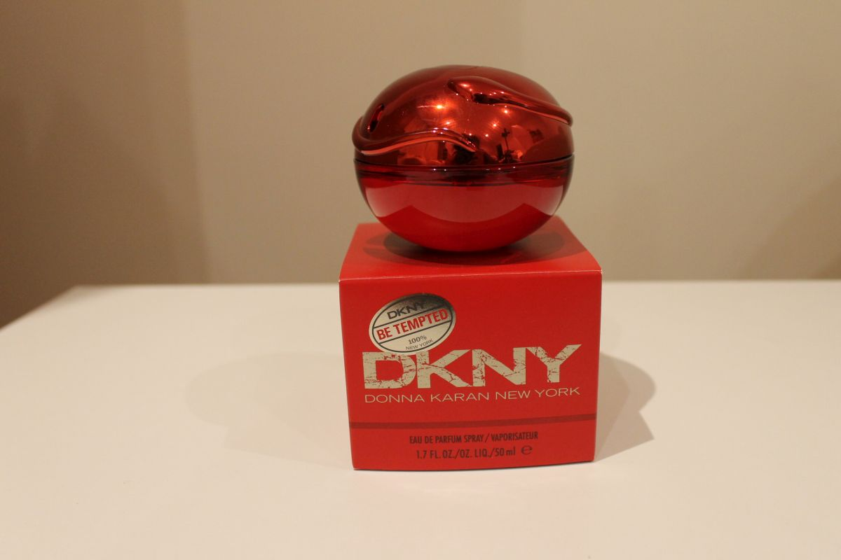 slodkie-perfumy-na-zime-dkny-be-tempted-donna-karan